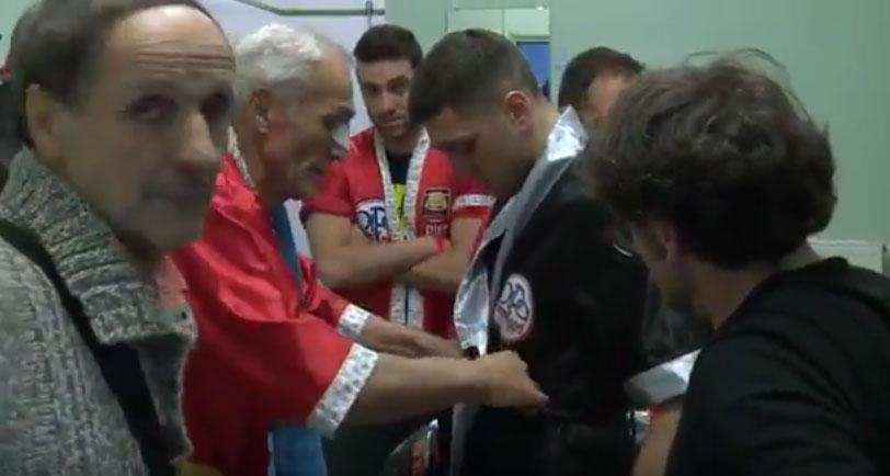 Doct. Andrea Del Seppia in Orlando Fiordigiglio's technical team: boxe match for the European Title, against Zakaria Attou